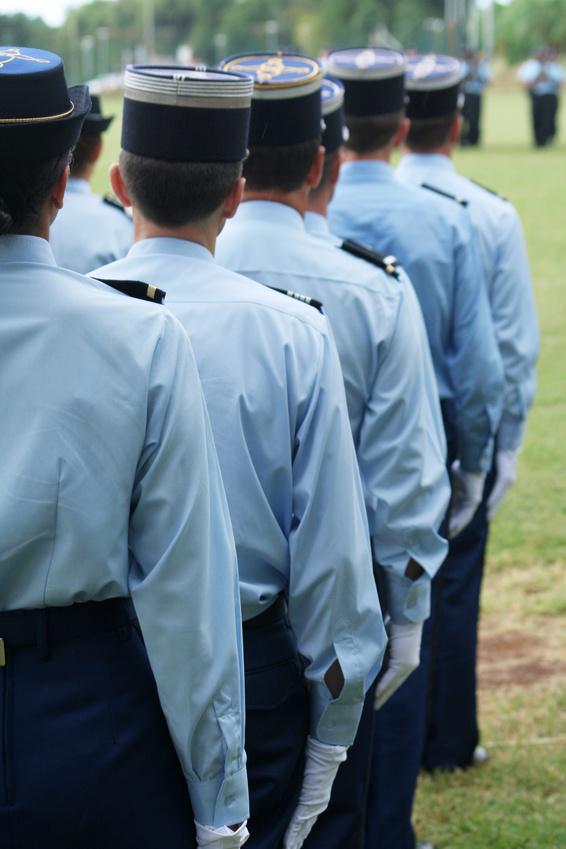 Gendarmerie : défilé de gendarmes